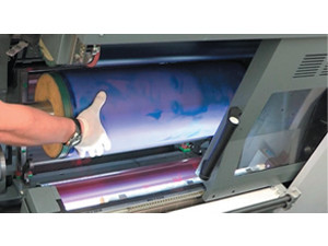 Omet co-develops offset sleeves for Varyflex V2 850
