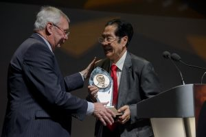 Chinese label pioneer honoured with lifetime achievement award